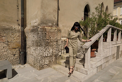 Vesna Cvetka - H&M Jumpsuit, Calvin Klein Crossbody Bag, Next Sandals, C&A Sunnies - 80s jumpsuit