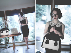 Ama Hatheway - Ms Little's Bag Black And White Front Pocket Handbag, E Polette E Ferguson, Black - ::: Techno Hurry :::