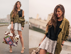 INGRID BETANCOR - Sheinside Army Loose Coat, Zara Loose Crop Top, H&M Skater Sweat Skirt, Rock And Love Shop Maxi Patchwork Shopping Bag, Zara Heeled Sandals - ARMY COAT!