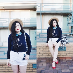 Noelle Downing - Missguided Backpack, Kling Anchor Sweater, Missguided White Shorts - Lorraine Motel