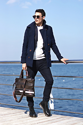 Alex Moreno - Zara Coat, Dr. Martens Boots, Time Of Style Bag (Italian Design), Morato Glasses - Seafront look