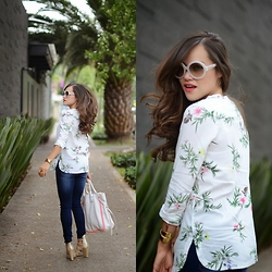 "Gaby Gómez MODA CAPITAL - Choies Blouse, Prada Sunglasses, Coach Bag, Ivanka Trump Heels - ""Tropical vibes"""