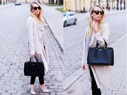 Matilda Wikblom - Asos Sunglasses, Prada Bag, Asos Pumps - Weekend Look