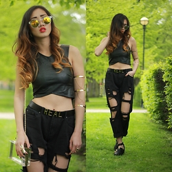Louise Xin - Style Moi Chain Linked Triple Cuff Bracelet, H&M Leather Crop Top, New Look Transparent Bag, Style Moi Black Destroyed Boyfriend Jeans - Green garden
