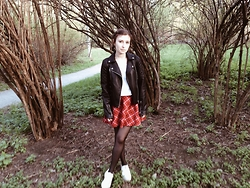 Oksana X. - Topshop Jacket, Forever 21 Skirt, Bershka Shoes - Ms. Tragedy