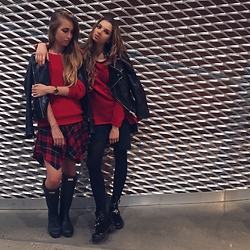 Nataliya_mos Space4art - Zara Red, Hunter Black, Massimo Dutti K, Forever 21 R, Marc By Jacobs B - Sisters