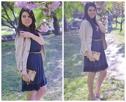 Dorina Daniela - Zara Beige Blazer, Zara Navy Dress, Mno.Logie Golden Clutch - Be always blooming!