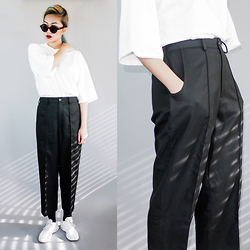 Anni Peng - Bkbt Concept Mp Studios Relaxed Linen Pant, Bkbt Concept Essential Oversized Tee - Simple is the New Black