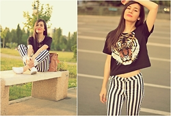 Roxana Ionescu - H&M Tshirt, H&M Striped Pants, H&M White Sneakers, H&M Necklace - Black hole sun, won't you come?