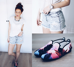 Vivien Sophie - Soccx Shirt, Tk Maxx Shorts, Flossy Shoes, Dkny Watch, H&M Necklace - Summer Dreamin'