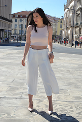 Filipa Gameiro - Zara Cropped Pants, Zara Crop Top, Zara Bag - Nude Mix.