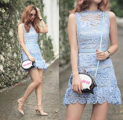 Mayo Wo - Self Portrait Lace Dress, Sophia Webster Bubble Bag, Aquazzura Lace Up Heels - Crochet bouquet