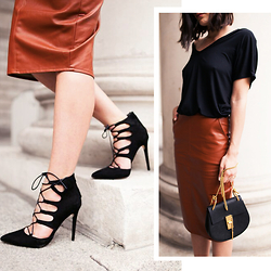 Anouska Proetta Brandon - Missguided Top, Missguided Skirt, Heels, Chloé Bag - Midi