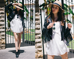 Bea G - Jacket, Playsuit, Hat, Boots - Fringe