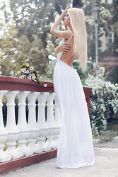 Krist Elle - Znu White Dress - THE GARDEN OF EDEN