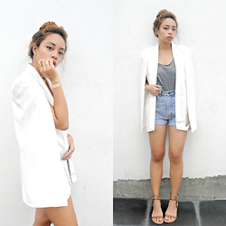 Alyssa Baña - Style Moi White Cape Blazer, Charles And Keith Studded Sandals, Style Moi Flash Tattoos - Casually Classy