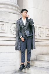 David Guison -  - Grid on Grid on Grid