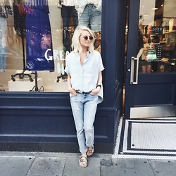 Dannon K Collard - Madewell Chambray Shirt, Madewell Slim Boyfriend Jeans, Skechers Birkenstocks - Madewell on Denim