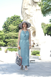 Prudence Yeo - Forever 21 Maxi Dress, Aldo Acrylic Tote, Miss Selfridge Embellished Sandals - Simple Living Tips – Enjoy Life To The Fullest With The Righ