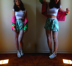 ERYK ~ - C&A That Shirt, None That Short, None Those Tights, None Those Shoes, H&M That Cardigan - Crop short.