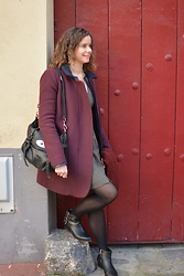 Lapines Crétines - Ekyog Coat, Claudie Pierlot Kaki Dress, Cosmo Paris Boots, Mulberry Alexa - Bordeaux et kaki