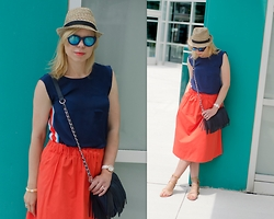 Liat Neuman - French Connection Uk Top, Zara Skirt, Charming Charlie Fringe Bag, Zara Sandals - The colours of summer