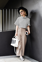 Esra E. - Urban Outfitters Striped Crop Top, H&M Culottes - Stripes forever