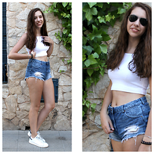 Mir Mir - Topshop Crop Top, H&M Shorts, Adidas Sneakers - Crop top & High waisted shorts