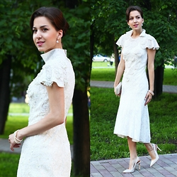 Beauty Mark Lady -  - Slava Zaitsev Haute Couture dress