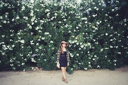 Glory Daze - G&H Bass Co. Leather Bootie, Charlotte Russe Floral Kimono, Target Sun Hat, Forever 21 Black Lace Heritage Dress - Wallflower