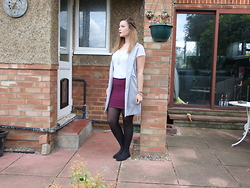 Courtney Melville - New Look Sleeveless Blazer, Primark Top, Primark Skirt, H&M Shoes, Ebay Necklace - A little bit of peace