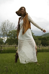Tijana Kosic - H&M Lace Dress, Guess? Vest - Discover boho girl inside you!