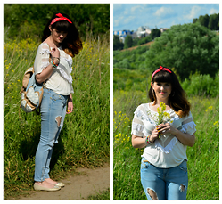Leila Mustafaeva - New Look Jeans, Lefties Top, New Look Backpack - Summer reckless