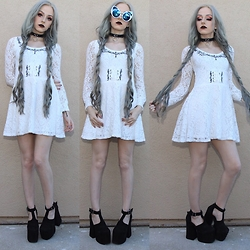 Kirsten Vogel - Ghost Of Harlem Dress, Unif Dame Platforms, Dressin Cat Eye Sunglasses - Ghost of Harlem