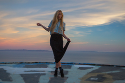 Jordan Rose - Pippa Lynn Monstrosity Blouse, Tasi Malibu Lucy Maxi Skirt, Indosole Kota - // california sunset //
