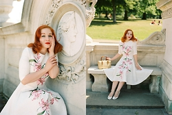 Roberta D. - Chichi Dress, Office Heels, Beyond Retro 1950´S Vintage Straw Bag - Sweetest Talk