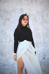 Nicole Kim - Chilli Beans Pink Sunglasses, H&M Black Crop Top, G Shock White Watch, Hanbok Mint Maxi Skirt - Tradition