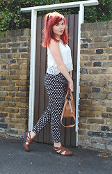 Paige Joanna Calvert - Ark Clothing Top, Sugarhill Boutique Trousers - Summer City Look