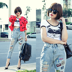 Priscila Diniz - Tee, Jeans, Wig, Sunnies, Backpack, Jacket - People will stare. Make it worth their while