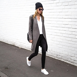 Dasha Gold -  - Monochrome Sports Luxe