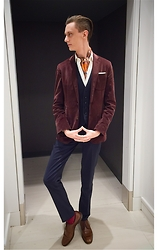 Nathan Copes - Ferragamo Shoes, Hugo Boss Pants, D And G Blazer, Hugo Boss Shirt, Kiton Ascott - Work fit