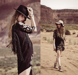 Alexe Bec - Spell Designs Dress, Mjus Boots - Monument Valley.