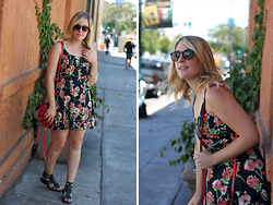 Elyse Cornett - Band Of Gypsies Dress, Urban Outfitters Sandals, Rebecca Minkoff Bag, Ray Ban Sunglasses, H&M Bracelet - Gypsy Soul