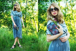 Lusia Nazarenko - Larmoni Dress, Sheinside T Shirt - Nature is always a good idea