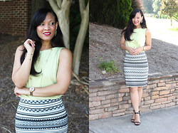 Johnnalynn Lynch -  - Spice Up Your Outfit with a Pop of Color + J. Jill