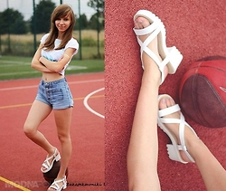 Natalia Paszkowska - Shoes, Reserved Crop Top, Shorts - Basketball set