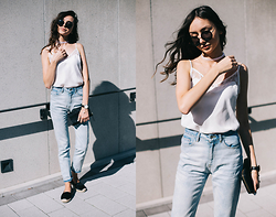 Bea G - Jeans, Top, Shoes - Sunkissed