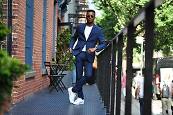 Igee Okafor - Warby Parker Sunglasses, H&M Suit, Adidas Shoes - The Look | New York Fashion Week: Men's, Day 1