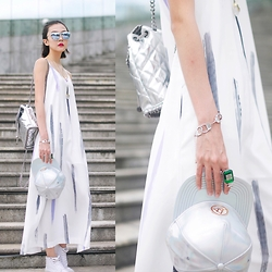 ALULU - Stella Mccartney Bag, Dior Sunglasses, Vans Shoes, Moonlight Dreamer Dress - Summer white