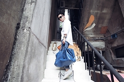 Curtis Yu - Coach Bag, Dresscodetw Shirt, Royal Republiq Shoes - Urban travel